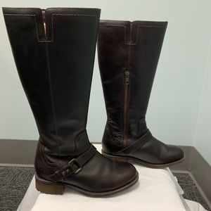 UGG Shoes - Ugg Gorgeous Leather Boots